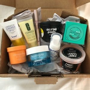 Facial and Skin Self Care Beauty Box